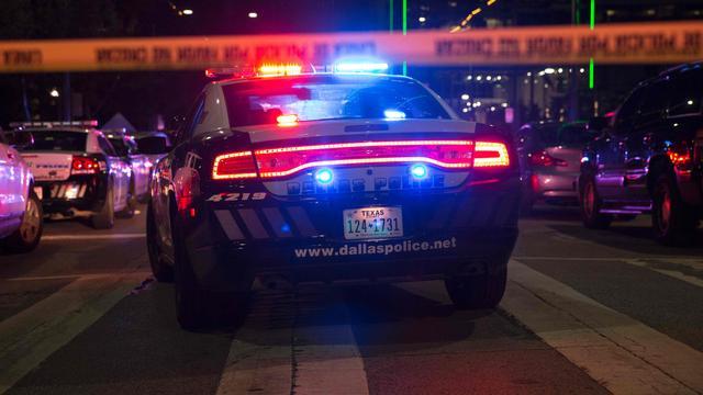 Vijf agenten doodgeschoten bij betoging tegen politiegeweld in Dallas   NU   Het laatste nieuws