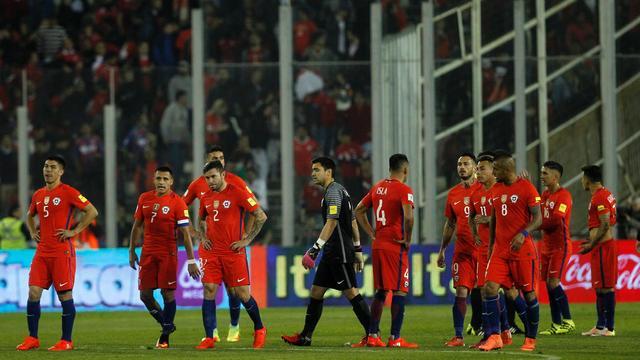 Tuchtcommissie FIFA straft elf landen wegens wangedrag fans