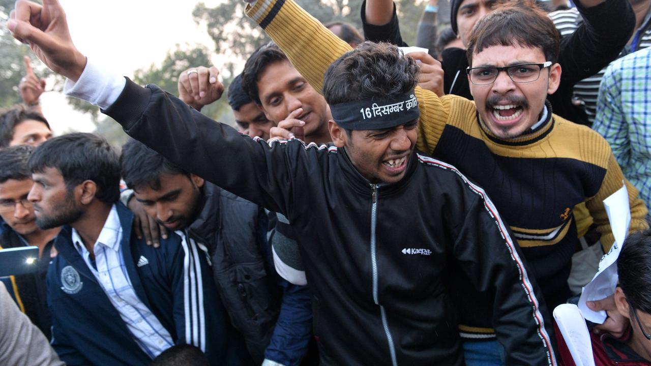 Parlement India past strafwetgeving minderjarige verkrachters aan