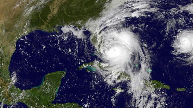 Dodental door orkaan Matthew loopt op tot 140, Florida zet zich schrap