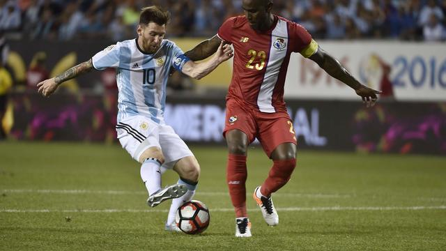 Messi schiet Argentinië naar kwartfinale Copa America