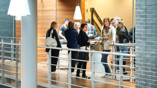 Inholland waarschuwt studente voor 'allochtone studenten in Amsterdam'