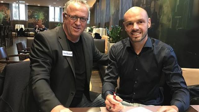 Westermann laat Ajax-contract ontbinden en tekent bij Austria Wien