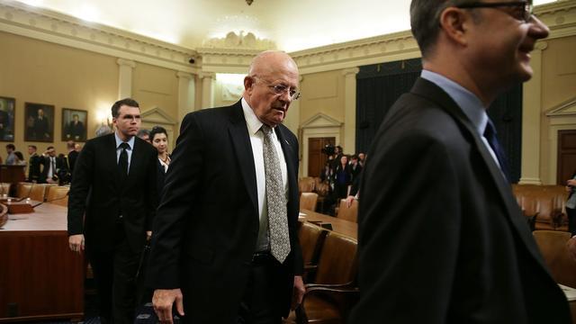 'Trump wil post directeur van de inlichtingendiensten afschaffen'