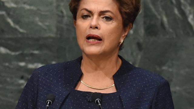 Braziliaanse senaat start afzettingsprocedure Roussef