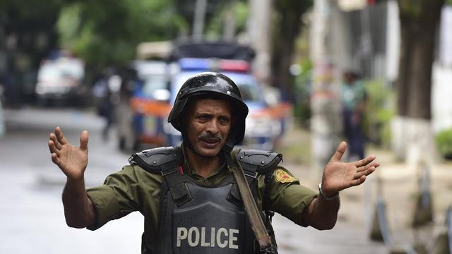 Politie schiet man achter aanslag Dhaka dood