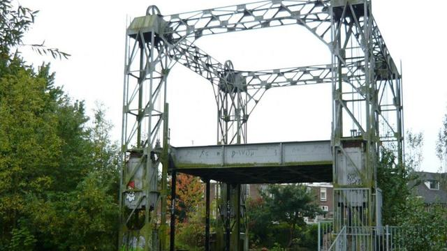 Plan om van oude spoorhefbrug Kruisvaart mini-parkje te maken