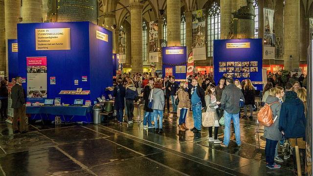 Drukte tijdens Open Dag Universiteit Leiden