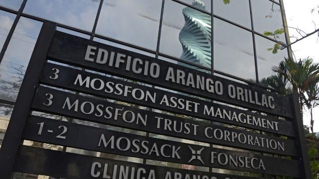 'Acht concerns in Panama Papers onder licht toezicht Belastingdienst'