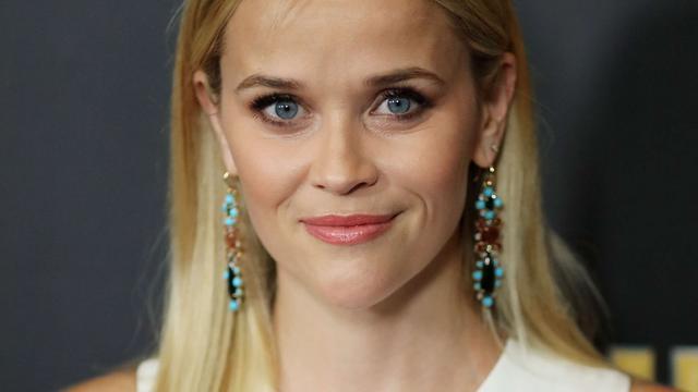 Reese Witherspoon wordt rustig van opnieuw indelen kledingkast