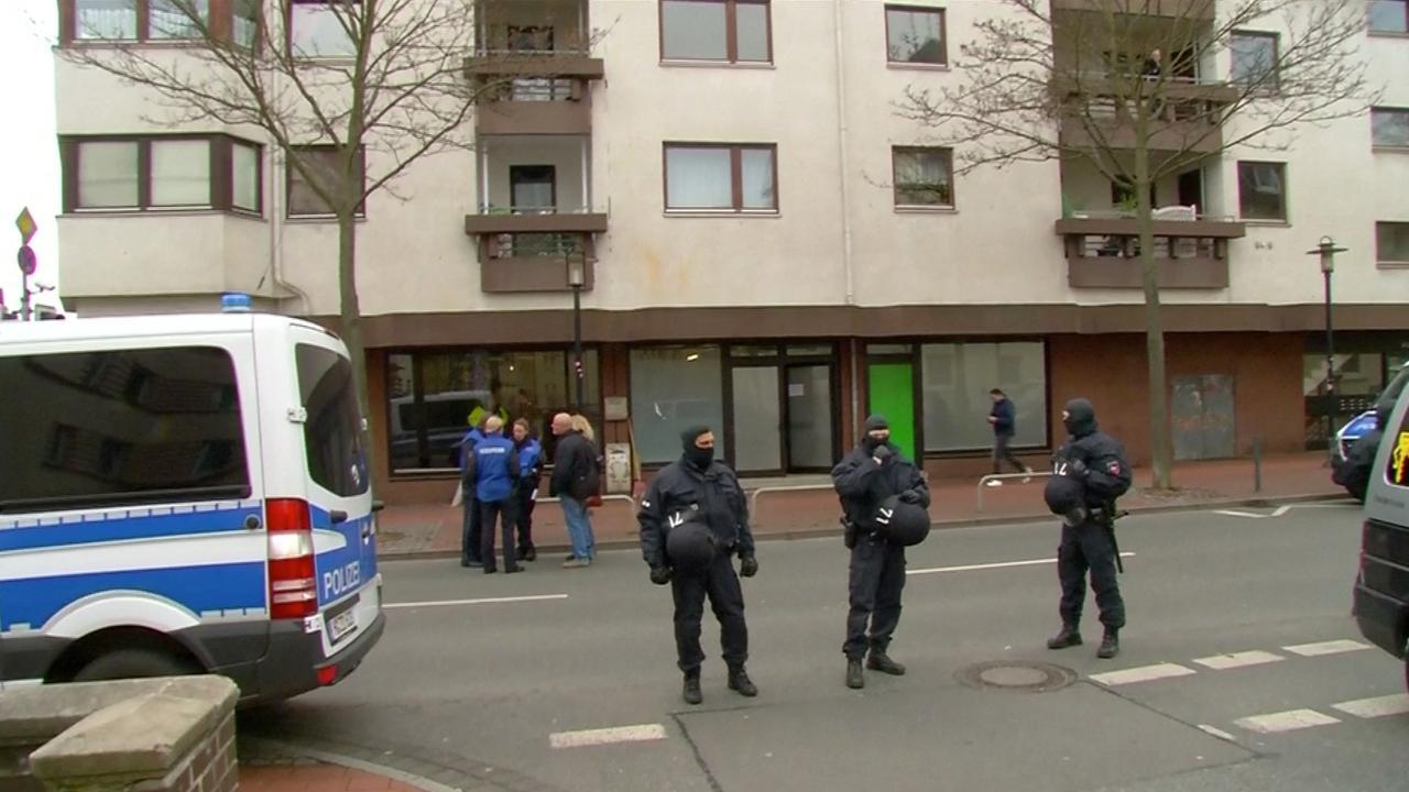 Honderden agenten ingezet bij actie tegen salafisten Hildesheim