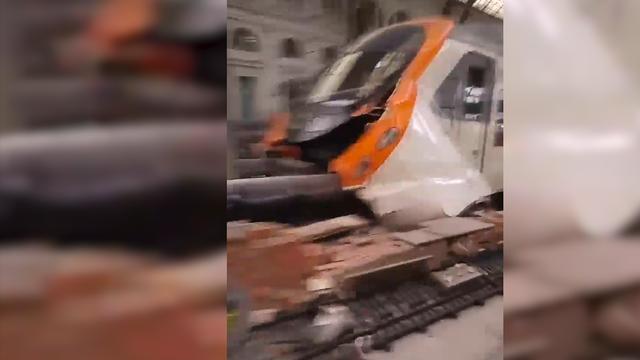 Ravage op station Barcelona na treinongeluk met meerdere gewonden