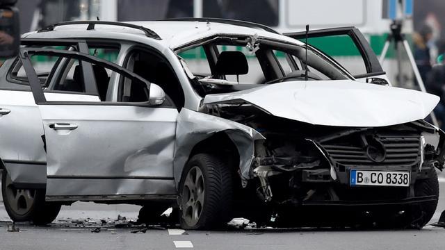 101-jarige Duitser slaat op de vlucht na auto-ongeluk
