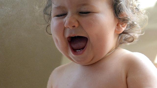 'Baby's pinda's en eieren voeden helpt tegen allergie'