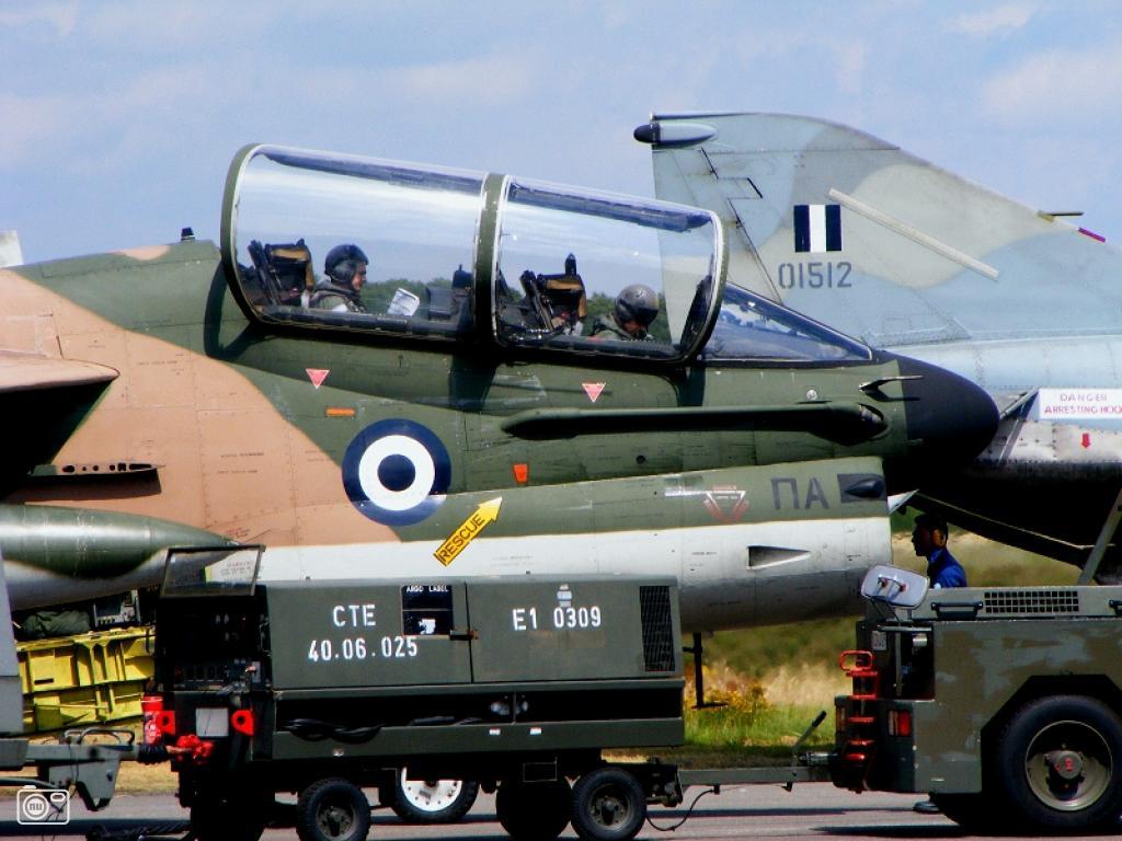 Griekse luchtmacht tijdens oefening in Belgie foto 13306   nufoto nl   De laatste nieuwsfoto u0026#39;s