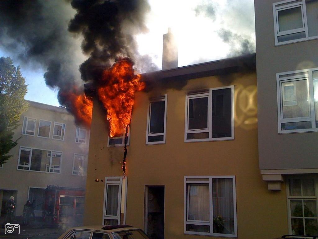 Grote uitslaande brand in schiedamse woning foto 106493 de laatste nieuwsfoto 39 s - Huis verlenging oud huis ...