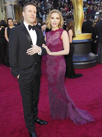 Scarlett johansson past oscar jurk last minute nu het laatste nieuws het eerst op - Foto rode loper ...