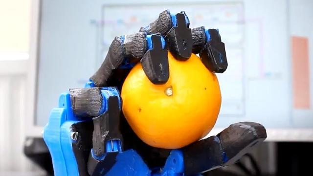 Bedrijf wil goedkope robotprothese 3d-printen