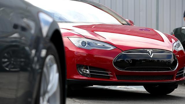 Minder Tesla-auto's dan verwacht afgeleverd door tekort aan onderdelen