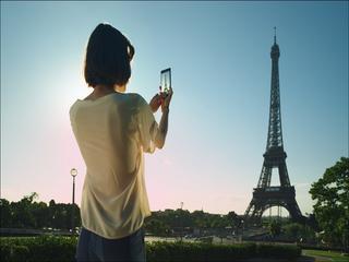 De camera haalt extra informatie uit een foto.