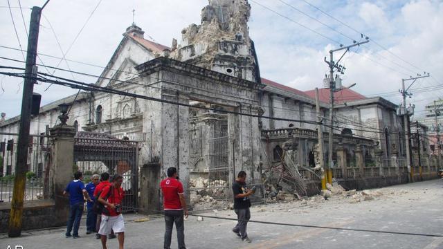 Dodental aardbeving Filipijnen blijft oplopen
