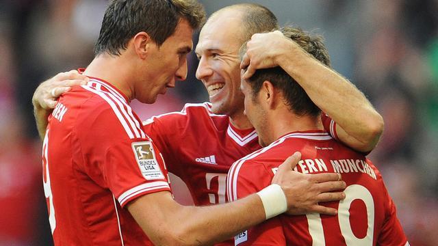 Robben belangrijk voor Bayern, Van Persie gelijk met United
