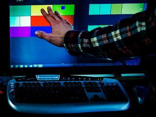 Inlichtingendienst zou in één maand tijd 181.280.466 gegevens hebben gedownload