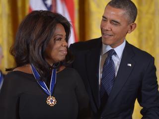 Obama roemde Winfrey voor onbaatzuchtigheid en doorzettingsvermogen