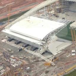 Doden door instorten dak van WK-stadion in Brazilië