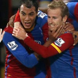 Crystal Palace verslaat West Ham en verlaat laatste plaats