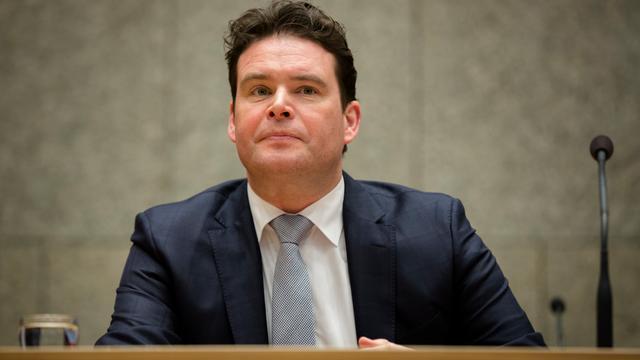 Ombudsman oordeelt hard over ex-staatssecretaris Frans Weekers