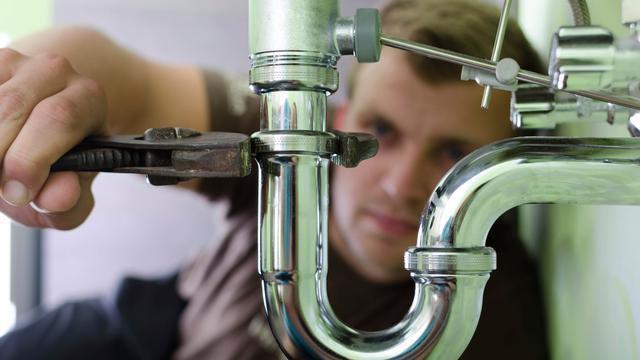Te weinig loodgieters in Nederland!