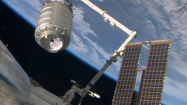 Ruimtestation ISS bevoorraad door Russisch ruimtevrachtschip