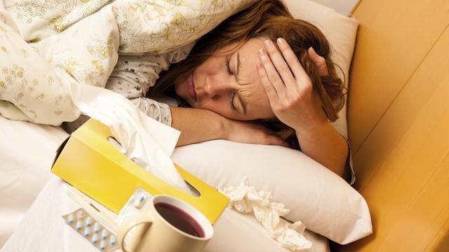 Een op de drie Nederlanders denkt dat antibiotica nodig zijn bij griep
