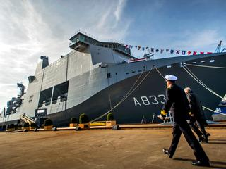 Karel Doorman vertrekt op 6 november naar West-Afrika