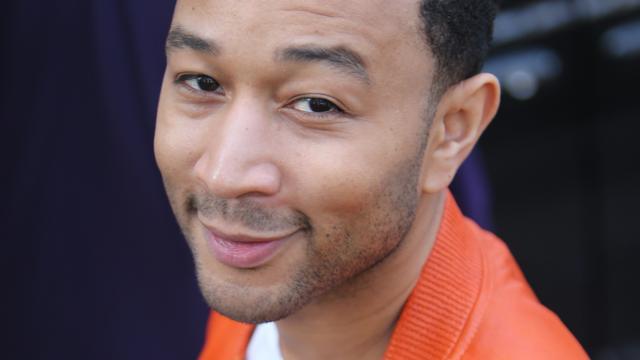 John Legend beroofd van bagage op vliegveld