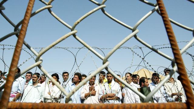 VS geeft klein deel mishandelingsfoto's gevangenen vrij