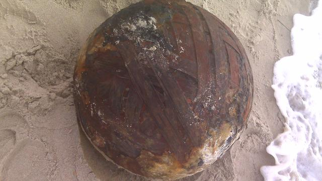 IJzeren 'strandbal' blijkt zeemijn uit Tweede Wereldoorlog