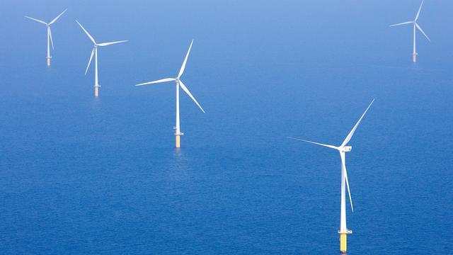 Windmolens langs Nederlandse kust hebben nauwelijks effect op toerisme