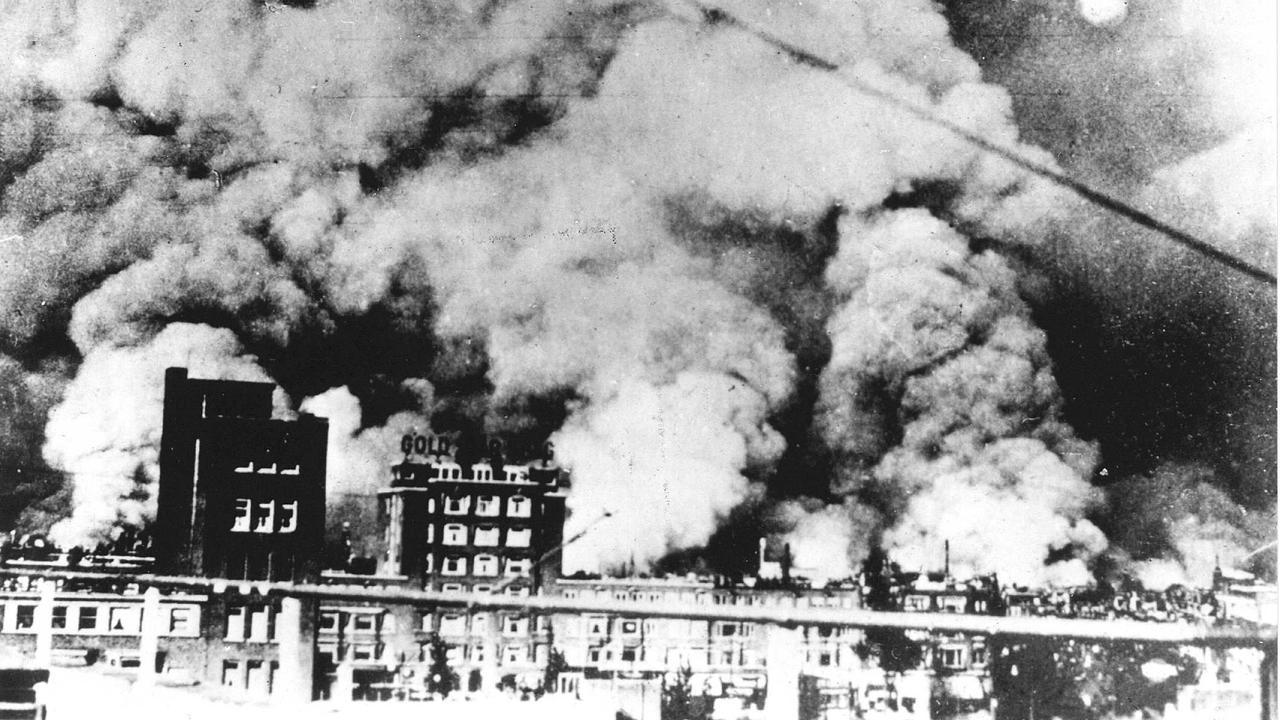 http://media.nu.nl/m/m1mxmfraqp4g_wd1280.jpg/rotterdam-zoekt-gezichten-achter-bombardement.jpg