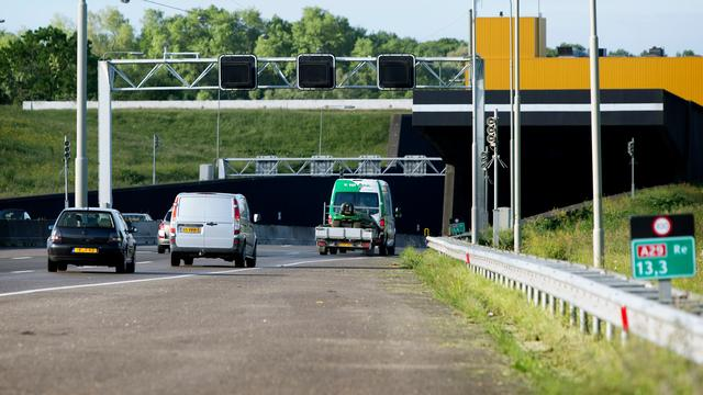 Heinenoordtunnel richting Bergen op Zoom hele weekend dicht