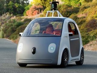Google patenteert nieuwe techniek voor opladen auto's