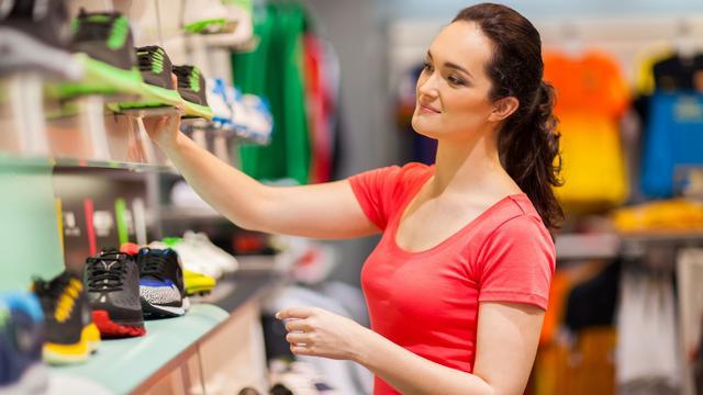 'Winkelketens werken vaker met beloningen voor personeel'