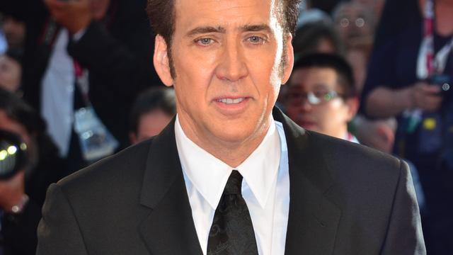 Nicolas Cage levert gesmokkeld fossiel in