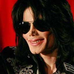 Handschoen Michael Jackson onder de hamer
