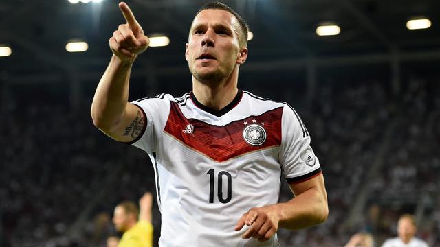 Podolski nog één keer bij 'Mannschaft', Nainggolan terug bij België