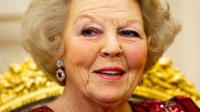 Koningin Beatrix viert 74e verjaardag