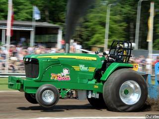 Zowel op vrijdag als op zaterdag gaat men racen met tractoren