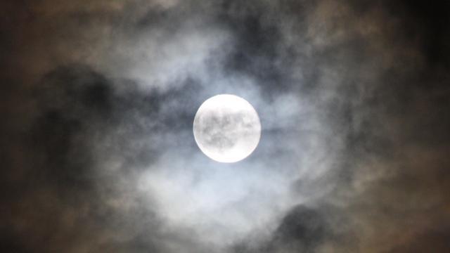 Meer zware aardbevingen bij volle maan