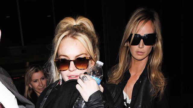 Kindermeisje klaagt Lindsay Lohan aan